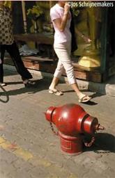 thailand-bangkok-gevaren-op-het-trottoir