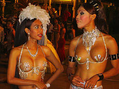 thailand-katoeys-travestieten-optreden